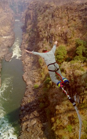 Mark Crowe bungi jumping